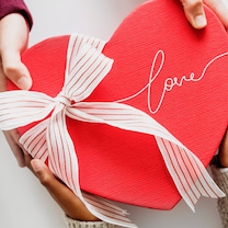 愛がたくさんの記事に添付されている画像