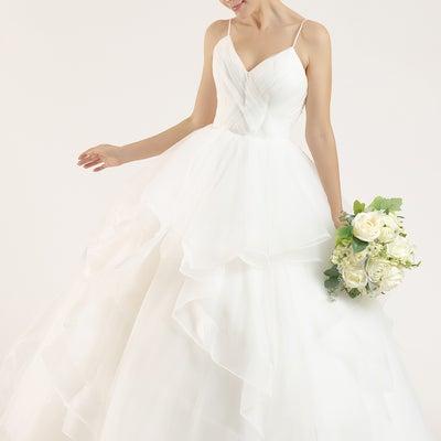 ウェディングドレス レトロで可愛らしいドレスの記事に添付されている画像