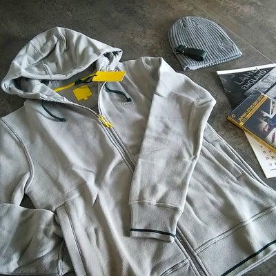 加藤選手、高橋選手ご着用★ロータス公式パーカー、キャップの記事に添付されている画像