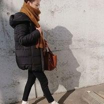 ベリーショート&丸メガネで温かカジュアルコーデの記事に添付されている画像