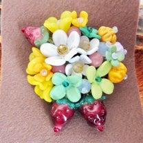 硝花 いちご ブローチの記事に添付されている画像