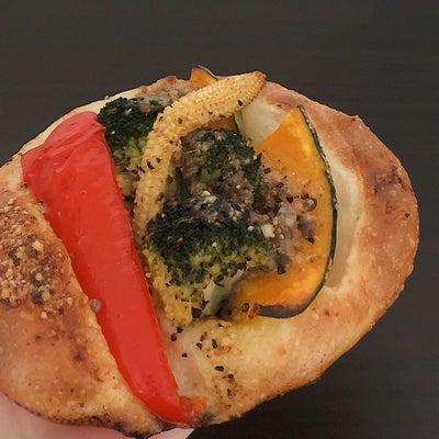 ランチは久しぶりの惣菜パン♡の記事に添付されている画像