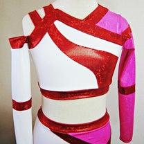 チアダンスのチーム衣装もつくりました。過去衣装よりの記事に添付されている画像