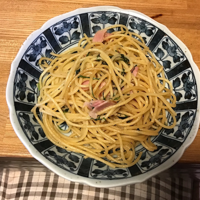 こんばんは 一汁二菜の夕食の記事に添付されている画像