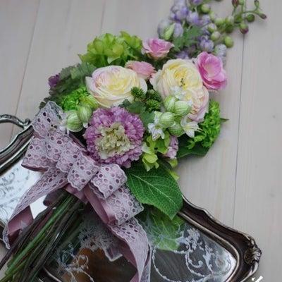 【レッスンレポート】ほんのり可愛らしい・・・・束ねる春待ちアームブーケ♪の記事に添付されている画像