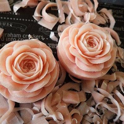 朝はバラ彫って発送してアンダンテ。の記事に添付されている画像