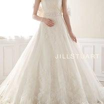 ウエディングドレスは後ろ姿も可愛く。。♡の記事に添付されている画像