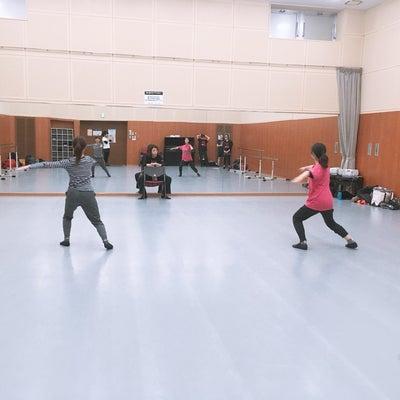動きではなく踊りにの記事に添付されている画像