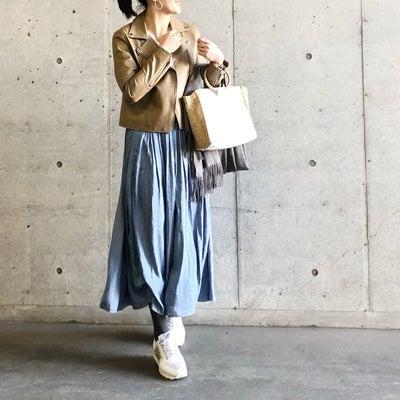 写真見て出直したお気に入りのスカートコーデ。の記事に添付されている画像
