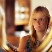 お顔の左右差を気にされてる方へ。の記事に添付されている画像