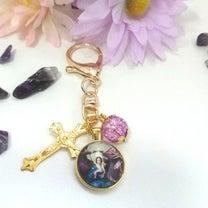 【聖母戴冠】 キーホルダーの記事に添付されている画像