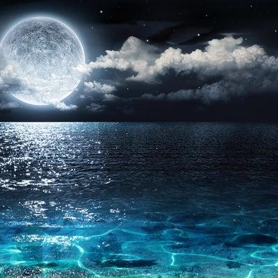 太陽魚座入りと乙女座満月スーパームーンの記事に添付されている画像