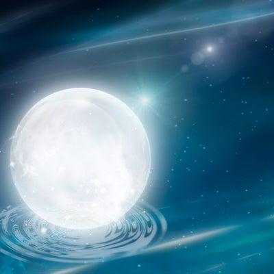 ● 星読み的【おとめ座満月(スーパームーン)】の過ごし方の記事に添付されている画像