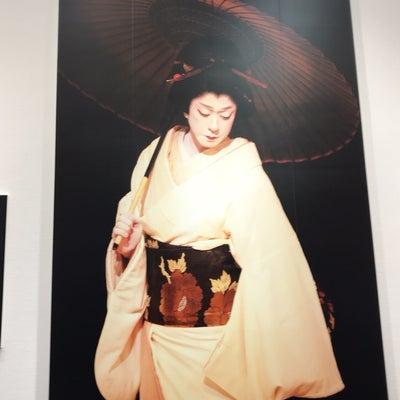坂東玉三郎 写真展の記事に添付されている画像