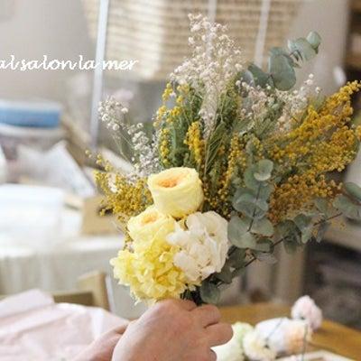 季節のお花で Primoナチュラルスワッグレッスンの記事に添付されている画像