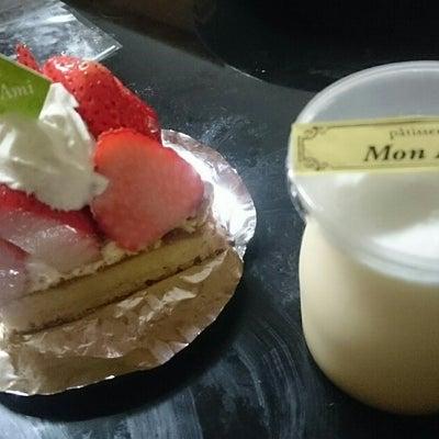 ケーキ屋>コンビニの記事に添付されている画像