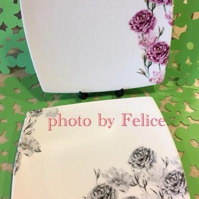 同じ花柄でも色が変わるとイメージもガラリの記事に添付されている画像