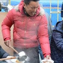 野宿で困っている人達、炊き出しする山本太郎を思い起こさせる小川淳也の安倍政権をえの記事に添付されている画像