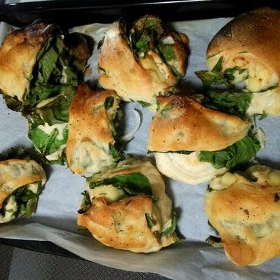 ほうれん草とチーズのパンの記事に添付されている画像