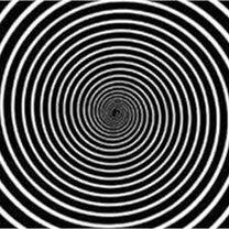 クルーズで好きなショー 集団催眠の記事に添付されている画像