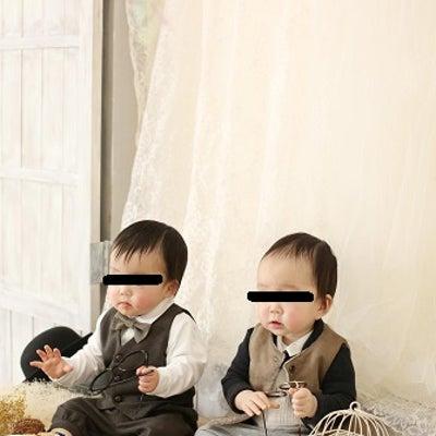 1y1m3d 双子のパパ 最近の様子と写真撮影と車の納車の記事に添付されている画像
