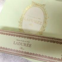 青山「LADUREE」2月限定♡ハート型マカロンの記事に添付されている画像