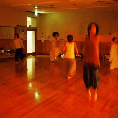 (日程決定)氣付き、癒し、ダンスは踊るだけじゃない?!ジャンベdeサイレントダンの記事に添付されている画像
