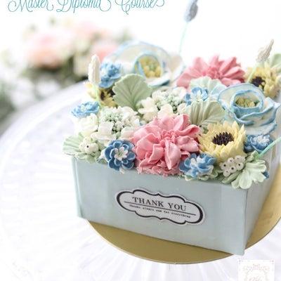 楽しみにしていた Box Flower Cake ♪の記事に添付されている画像
