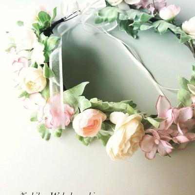 花冠はリースとして飾っていても可愛いの記事に添付されている画像
