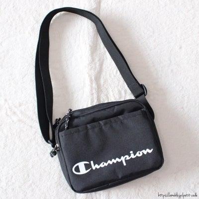 【しまパト】機能的!チャンピオンのカジュアルショルダーバッグ♪の記事に添付されている画像
