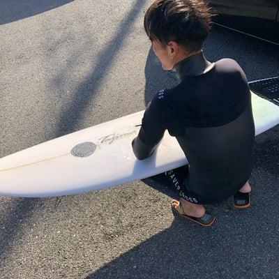 今日もノーブーツでサーフィンやって〜なんと2月に千葉北裸足解禁宣言でたぞ〜♪の記事に添付されている画像
