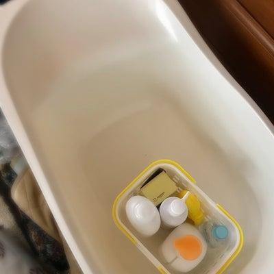 ベビーバスキッチンのシンクで入浴させられるのって便利ね~♪の記事に添付されている画像
