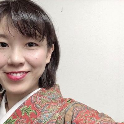 赤い更紗の着物、おうちに眠っていませんか?紬八寸帯との着物コーデ!の記事に添付されている画像