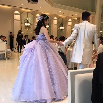 ラベンダーのドレスは、ものすごーく好評でしたの記事に添付されている画像