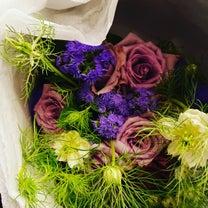 小さな花と 美しい人の記事に添付されている画像