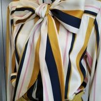 マルチカラーが新鮮なシャツワンピ&ブラウス‼️の記事に添付されている画像