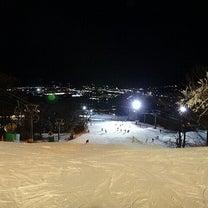 軽井沢プリンスホテルスキー場プリンスゲレンデから見た夜景の記事に添付されている画像
