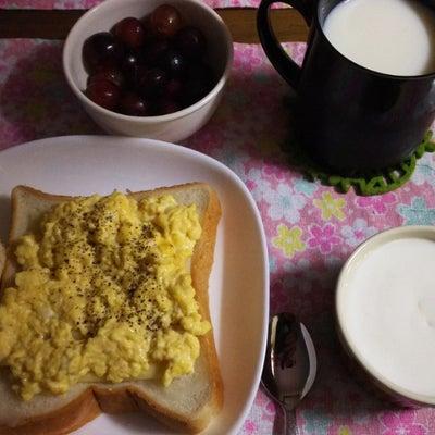 朝食の記事に添付されている画像