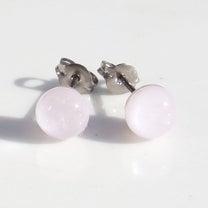 真珠ガラス『パール【ピンク】』チタンピアス【樹脂、ノンホール変更可】新発売!の記事に添付されている画像