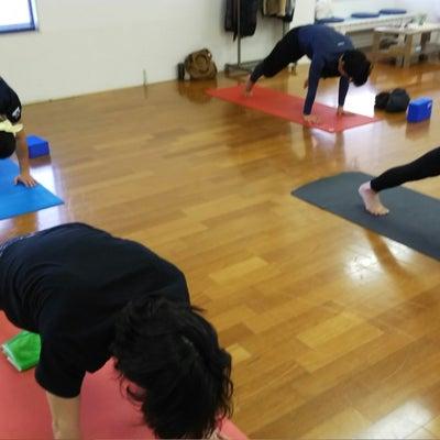 腸腰筋を使う動きをするのは内臓の働きを良くするため。の記事に添付されている画像