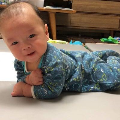 三男坊、寝返り成功❣️の記事に添付されている画像
