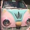 ピンクの猫バスの画像