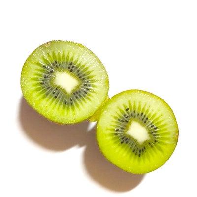 キウイは美肌に良いフルーツの記事に添付されている画像