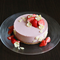 ヨーグルトで簡単ひな祭りケーキの記事に添付されている画像