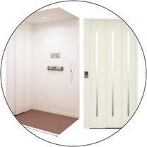 現場見学:冷蔵庫置き場とエレベーターの記事に添付されている画像
