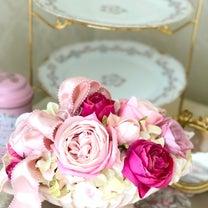 ピンクローズのフェミニンアレンジ♡の記事に添付されている画像