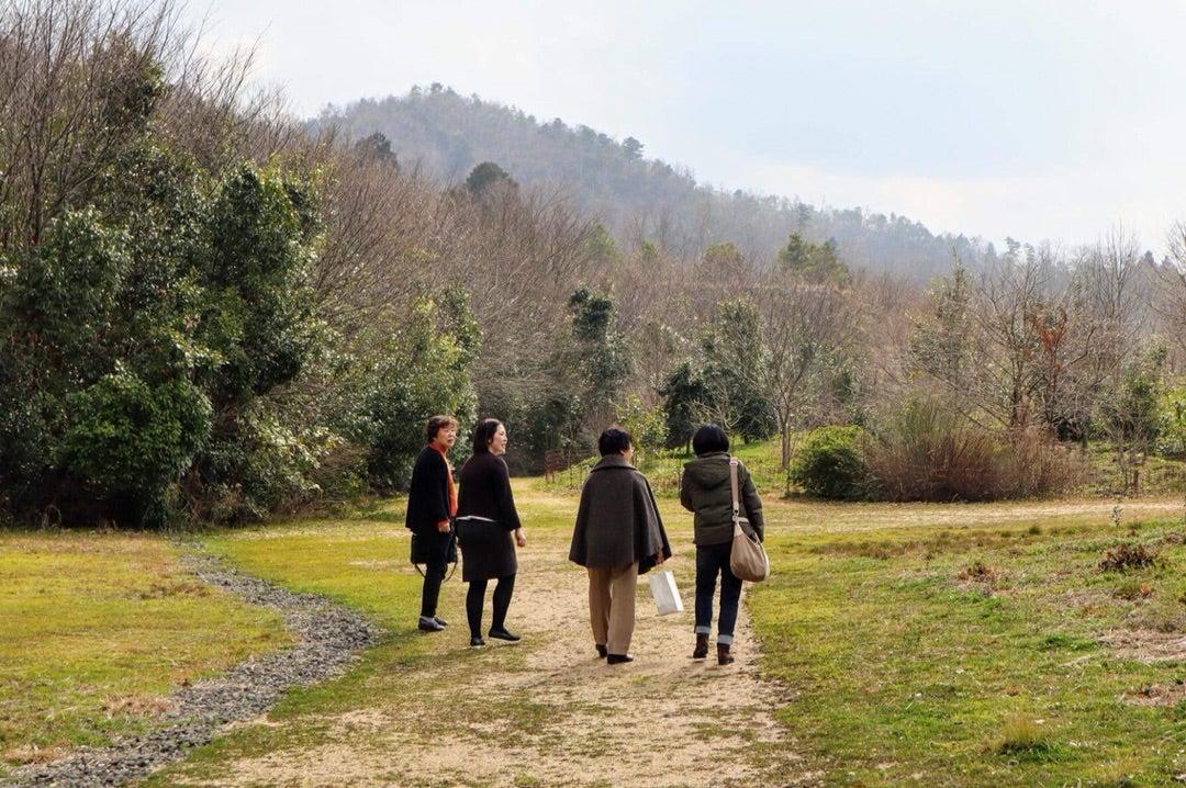 和久傳の森、森の中の家、夕日、人の温かさに触れての記事より