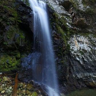 ◆ 古座川町 大桑大滝・カラ滝・妙呂寺滝