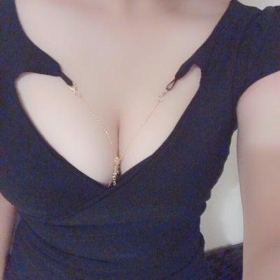 綾瀬セラピストのブログの記事に添付されている画像