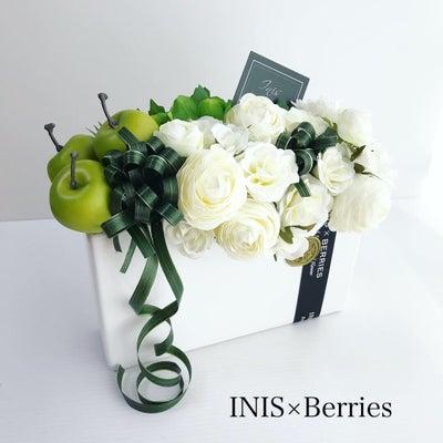 INIS×Berries デザインコース ホワイトとグリーンのアレンジ!の記事に添付されている画像
